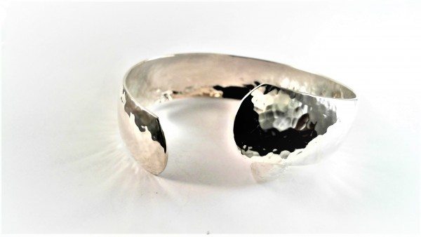 handgearbeiteter Armreif 925 Silber